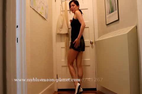 Shorts Poop - Females Pooping Panties Peteuse