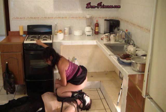 Dom-princess - Scat-princess - Princesses Household Toilet Slave Part 5 Diana Sd Scat-princess Dom-princess