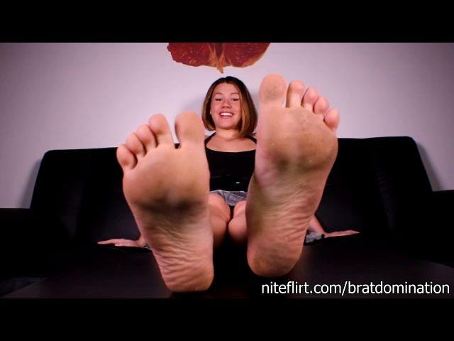 miss bratperversions chastity for my feet