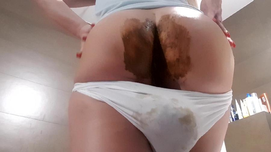 innocent and dirty hd the fart babes